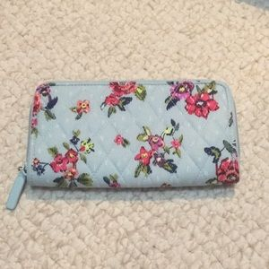 Vera Bradley Water Bouquet 💐 wallet